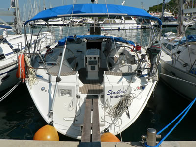 Bavaria 47 Stern. This shows the Stern and cockpit from the sea